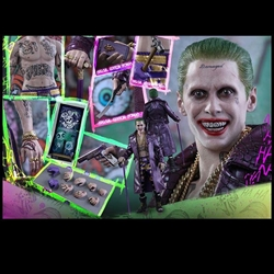 Picture of Hot Toys - Suicide Squad - Joker Purple Coat Version (Exclusive with extra Parts)