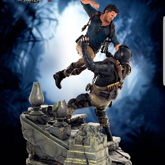 Picture of Sony entertainment - Uncharted 4 statue